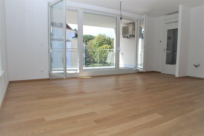 2-Zimmerwohnung mit 13,00 m² Loggia und tollem Grünblick, Bj. 2017
