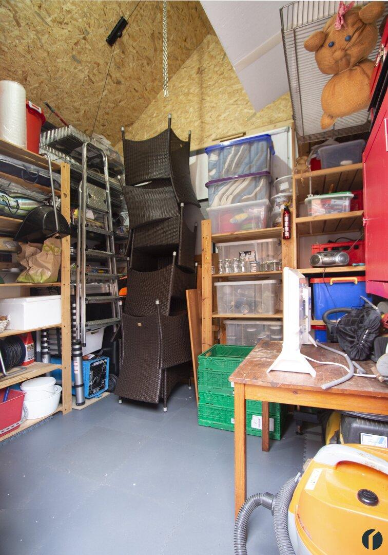 Geräteraum hinter der Garage