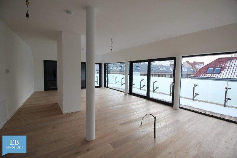Extravagante Vielfalt! 142 m2 Dachgeschoss ohne Schrägen