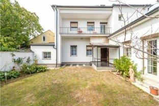 Kaufen oder Mieten! Einfamilienhaus mit 9 Zimmer + 307 m² Garten + Garage - WIEN-Grenze 5 Minuten!