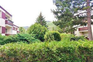 DB Immobilien  -  Wohnung mit Gartennutzung und Blick auf den herrlichen Husarentempel!