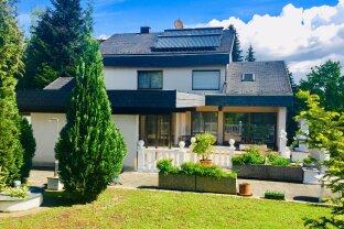 Exklusives Wohnhaus mit Indoor Pool, 7 Zimmer in Wels-Oberthan