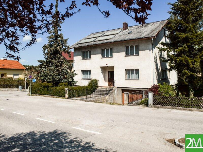 Geräumiges Einfamilienhaus nahe Stift Heiligenkreuz /  / 2532Heiligenkreuz im Wienerwald / Bild 0