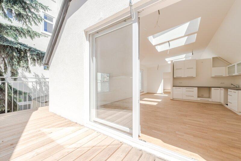 ++NEU** Exklusives HOFHAUS mit großzügigen Freiflächen (70m²), ERSTBEZUG! + Garage /  / 1160Wien / Bild 9