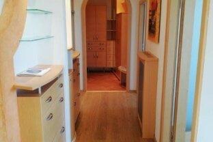 Freundliche großzügige 3-Zimmer-Wohnung mit Sauna!