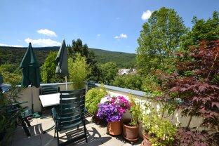 Sonnige Dachterrassen-Wohnung nahe Villa Rauhenstein
