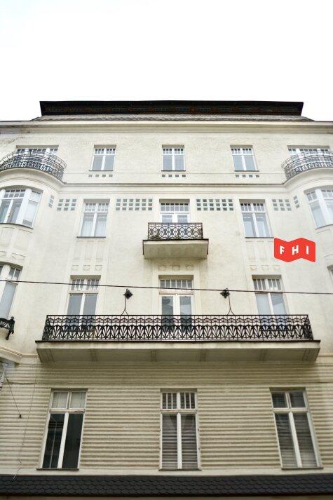 Unbefristete sonnige Jugendstil-Altbauwohnung***charmantes Viertel***neue Küche***Grünblick