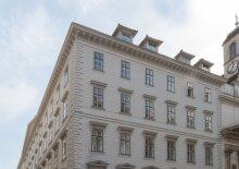 Helles DG-Appartement, U4