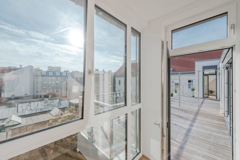++RARITÄT** Außergewöhnliche DG-MAISONETTE in TOP-CityLAGE! Altbaucharme + moderne Dachgeschosswohnung! Ruhelage! /  / 1020Wien / Bild 14