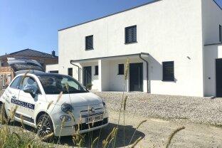 VERKAUFT!!!! PROVISIONSFREI! Exklusive Doppelhaushälfte im Naturpark Scharten
