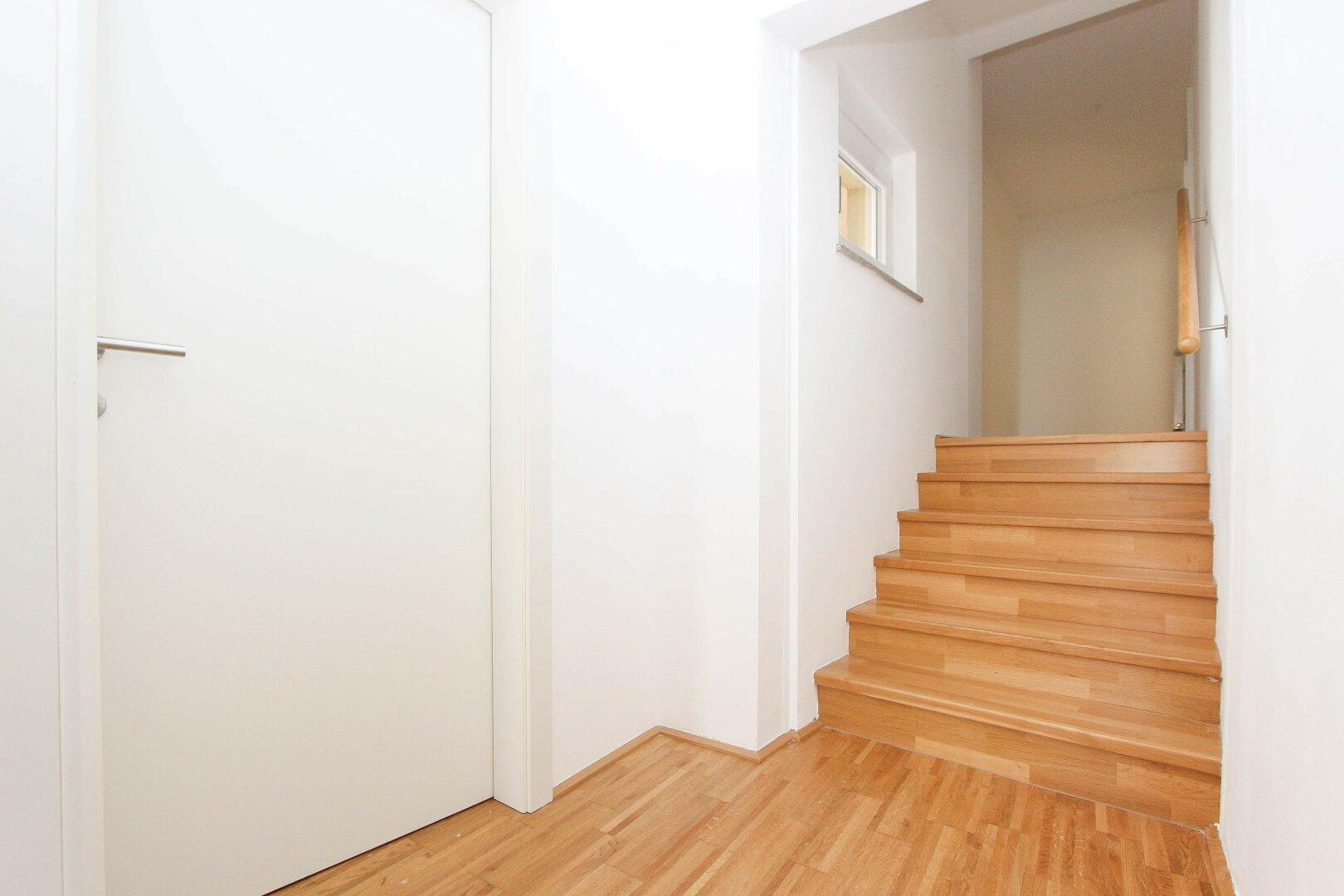 Stiegenuntergang zu den Schlafzimmern