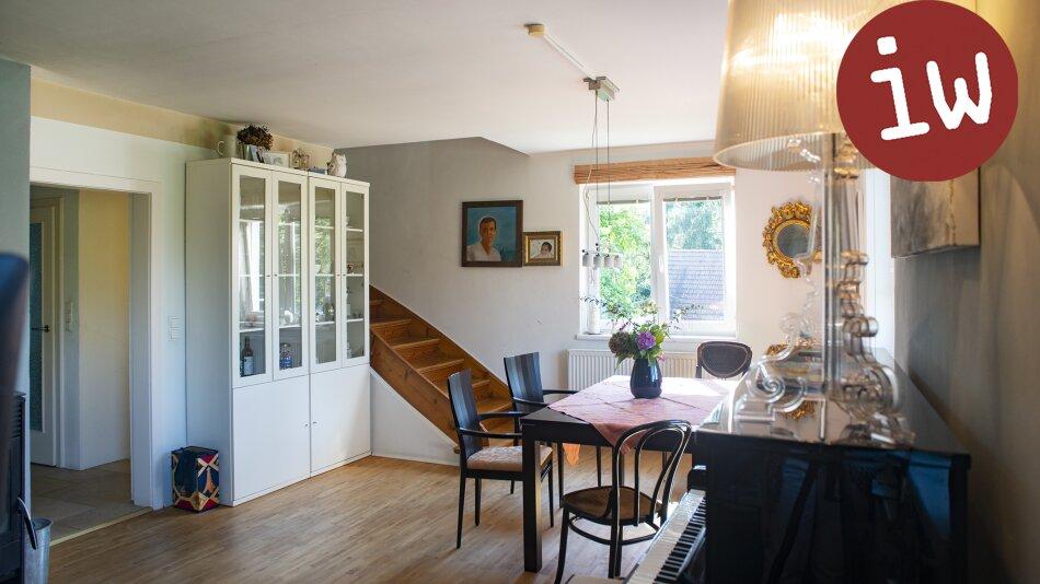 Einfamilienhaus - herrliche Grühruhelage  - gute Infrastruktur