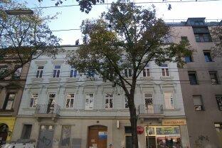 Entzückende 2-Zimmer Altbau-Wohnung - ERSTBEZUG nach Renovierung!