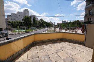 UNIKAT! 18 m² Terrasse mit Ausblick über REUMANNPLATZ