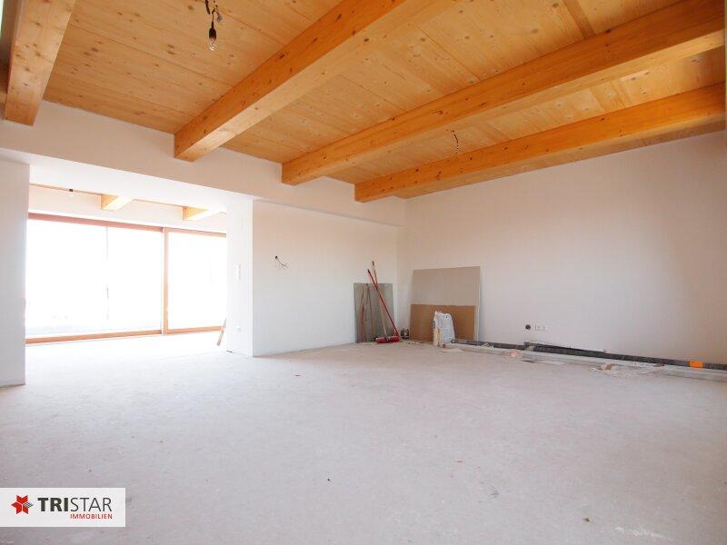 Hochwertig errichtete 3 Zimmer DG-Maisonette mit Wohnküche, Abstellraum, Wintergarten und Terrasse mit fantastischem Wienblick! /  / 1100Wien / Bild 2