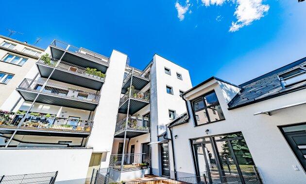Foto von NEU++ERSTBEZUG++Mietwohnung 1150 Wien++3-Zimmer Dachgeschosswohnung mit Balkon und Dachterrasse ++Nähe Schönbrunner Schlosspark