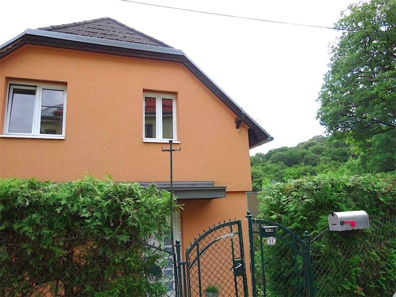 Grundstück mit Haus in herrlicher Grünruhelage, 730 m2,  modernisiertes Fachwerkhaus, Anbau oder zusätzlicher Bau möglich, Linie 43! /  / 1170Wien / Bild 9