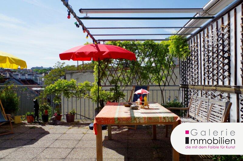 Rarität in Toplage - Maisonette mit 30m² Terrasse und Fernblick in traumhaftem Stilaltbau Objekt_33080