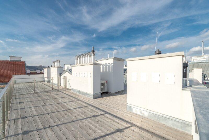++RARITÄT** Außergewöhnliche DG-MAISONETTE in TOP-CityLAGE! Altbaucharme + moderne Dachgeschosswohnung! Ruhelage! /  / 1020Wien / Bild 17