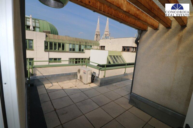 Ruhige 2 Zimmer mit Dachterrasse und Aircondition