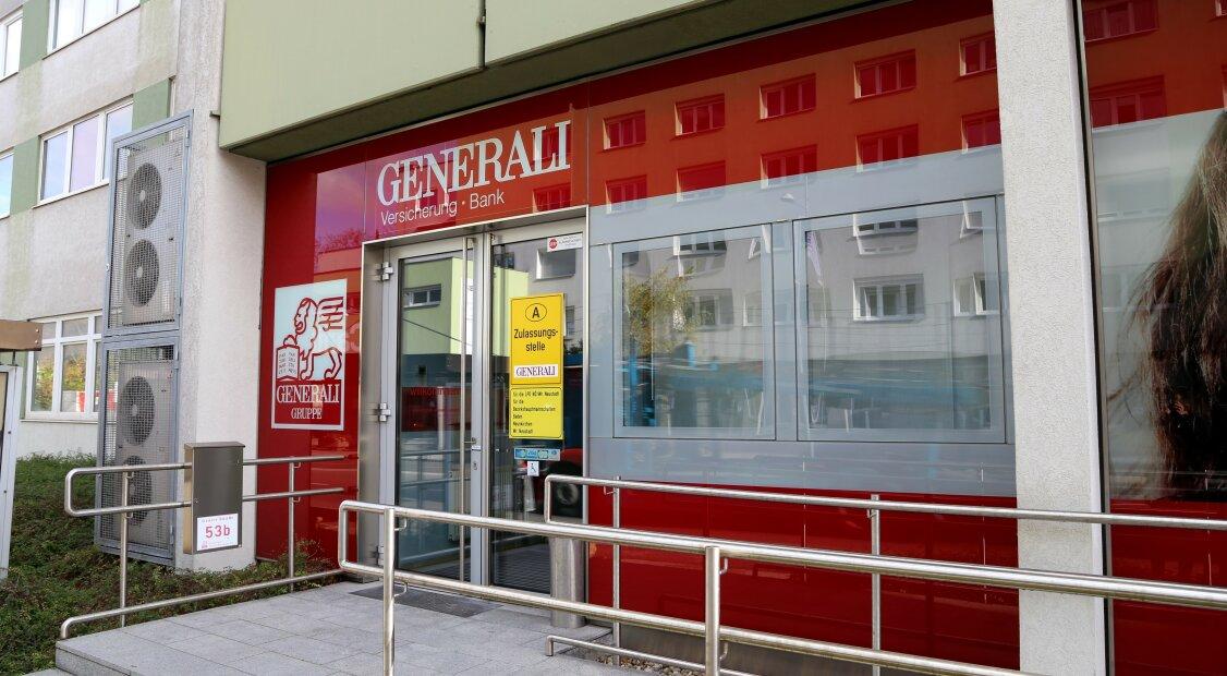 Neuer Kaufpreis € 950.000,-- / Barrierefreies Bürohaus mit Mietbestand neben Landesklinikum Wiener Neustadt