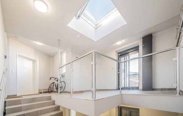 Foto von NEU! ++ TOP ANGEBOT ++ 175 m² Dachgeschosswohnung + BALKON ++ 2 Wohnungen mit insg. 6 Zimmer + 1160 Wien ++ Nähe BRUNNENMARKT sowie 1080 Wien und 1070 Wien ++