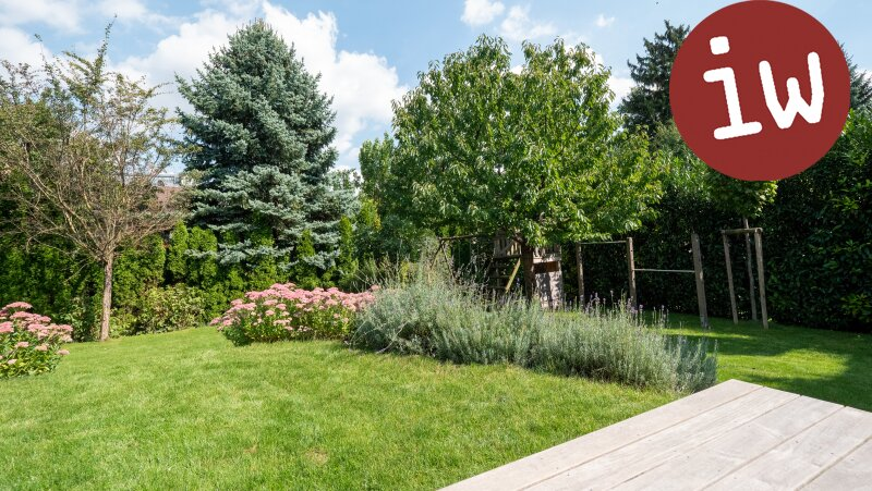 Wunderschöne Familien-Villa in bester Zentrumslage, traumhafter Garten Objekt_645 Bild_30