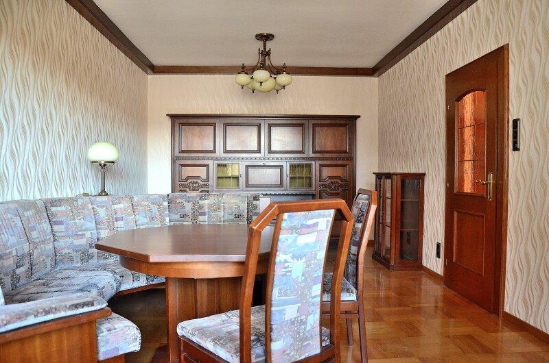 2 Zimmer-Wohnung: Koffer packen und einziehen! Wohnung mit 2 Zimmern, 4. Stock mit Lift
