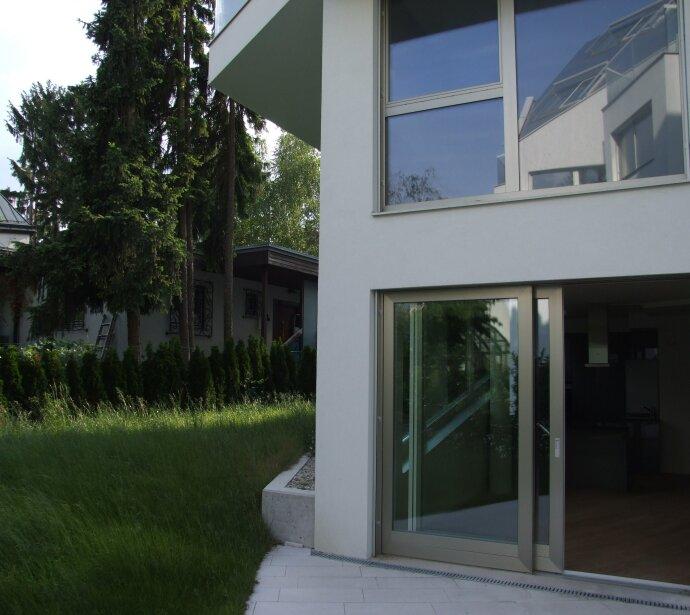 Gartenmaisonette mit Garagenplatz in Grünlage