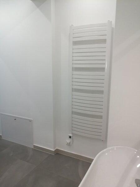 ERSTBEZUG - 4 Zimmer ALTBAU top saniert - 1030 Wien - 3. OG Top 17 ------ U Bahn Nähe - LOGGIA  - Schlafzimmer Hofseitig /  / 1030Wien / Bild 2
