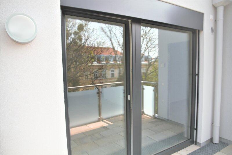 Terrasse  U N D  2 Balkone!! 30m²-Wohnküche + Schlafzimmer, 3.Stock Bj. 2017, Obersteinergasse 19 /  / 1190Wien / Bild 8