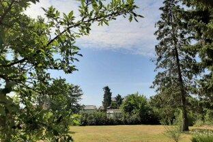 Absolut ruhiges Baugrundstück mit Einreichplanung für Bungalow in Strasshof