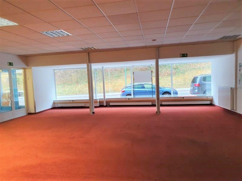 Geschäftslokal-Büro-Ordination Kufstein, Schaufensterfront