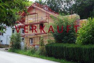 V E R K A U F T! Schickes Mittel-Reihenhaus in Obertrum - Neubau