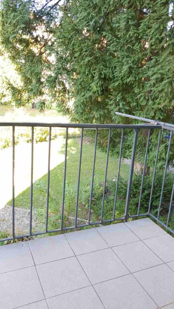 11 Balkon Lange