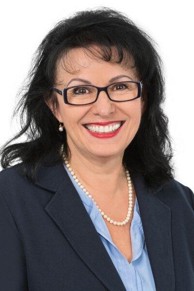 Frau Susanne Pointner