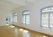 VERKAUFT - Loft Wohnung in ehemaliger Fabrik - top saniert - 1060 Wien mit Stellplatz