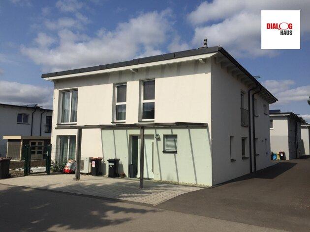 Charmante Doppelhaussiedlung in Muckendorf