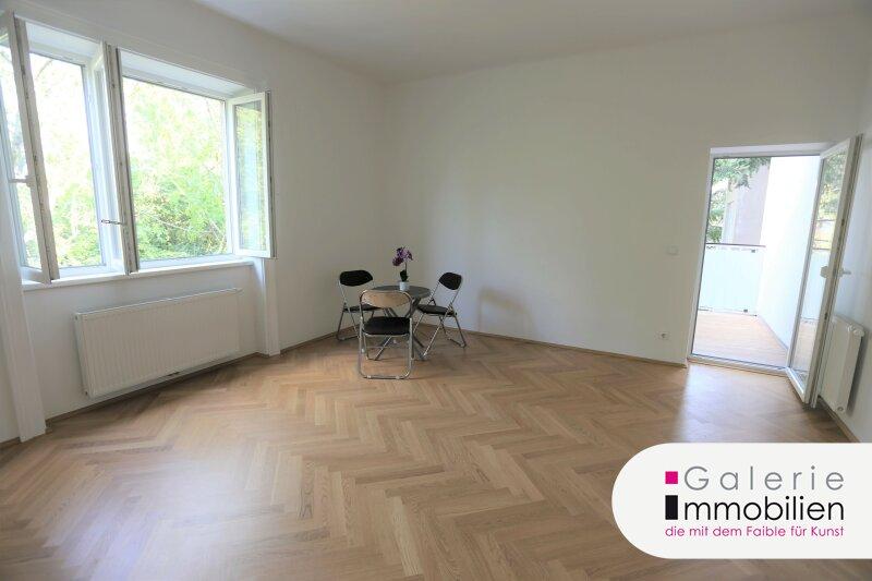 Zentral begehbar - Sanierte 2-Zimmer-Altbauwohnung mit Balkon Objekt_35280