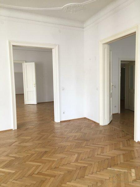 U3 Neubaugasse / schönes Stilhaus / unbefristete 5 Zimmer Wohnung /  / 1070Wien / Bild 2