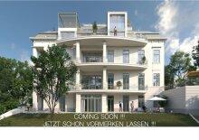 Luxuriöse Dachgeschosswohnung mit großen Freiflächen - Modernisierte historische Villa mit wunderschöner Parkanlage - PARKVILLA M17