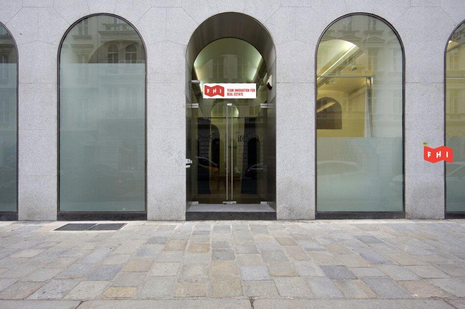 Showroom/Geschäftslokal mit integriertem Büro