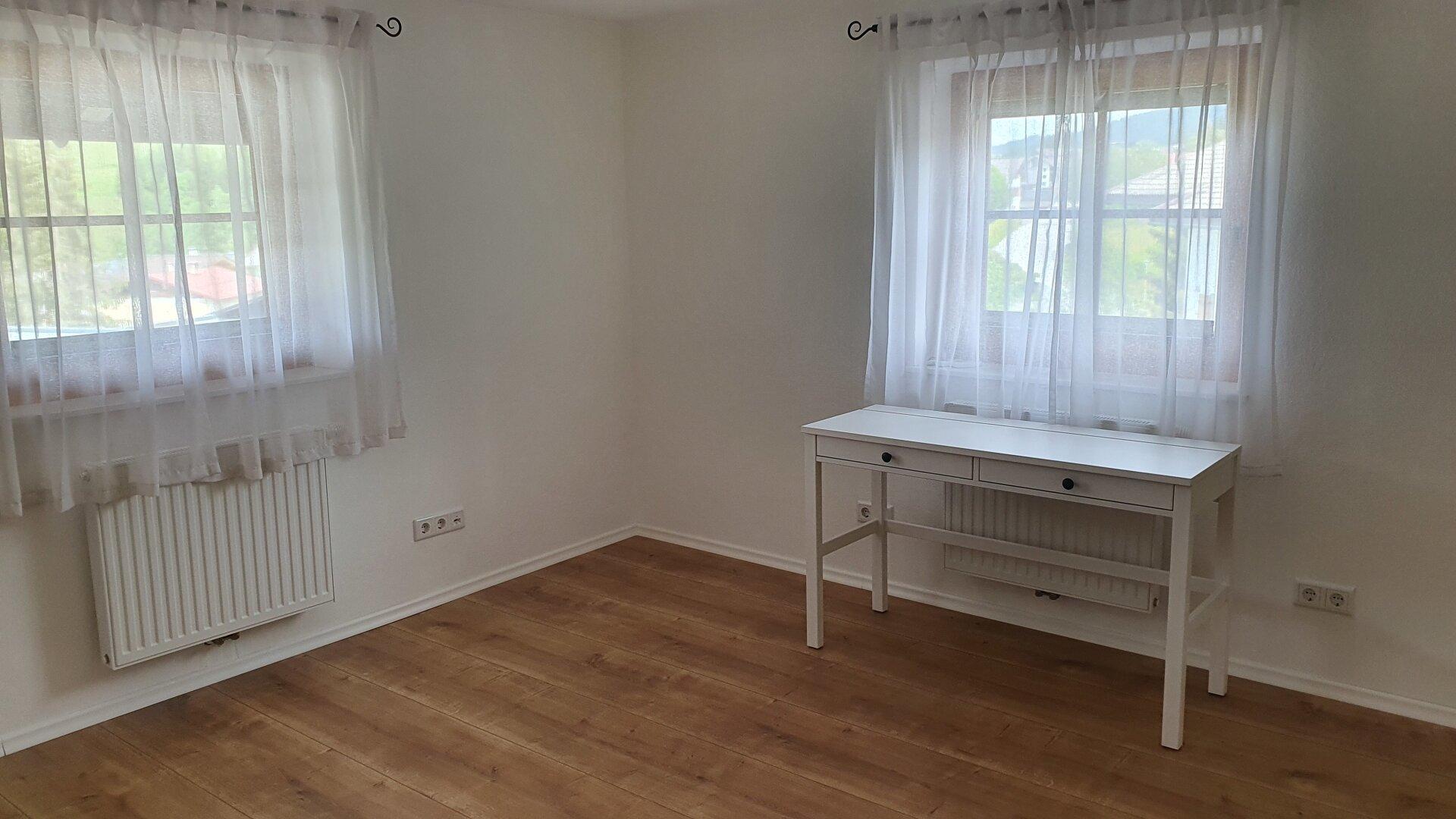 Ankleidezimmer/Büro im OG, Einfamilienhaus Fieberbrunn