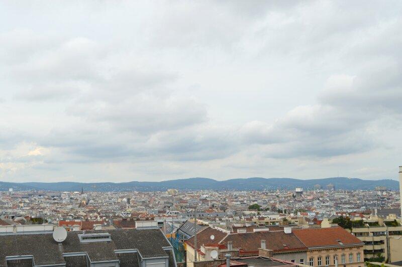 **Drei Zimmer über den Dächern von Wien**
