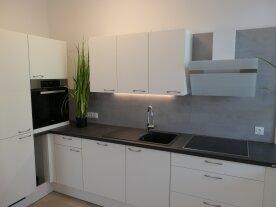 NEU Tolle 2 Zimmer Wohnung  mit Terrasse in generalsanierter Ceconi-Villa -  - Elisabeth-Vorstadt-Salzburg Stadt