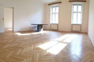 Sehr helle Fünf-Zimmer-Altbau-Wohnung nahe Belvedere