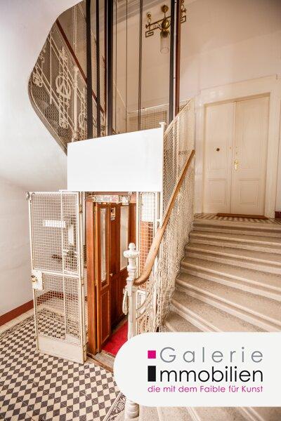 Imposante Jahrhundertwendevilla mit großer Dachterrasse und Garage Objekt_34566 Bild_146