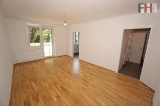 ERFOLGREICH VERMITTELT !!! Südseitige 2 Zimmer Wohnung mit Balkon im Erstbezug nach Komplettrenovierung