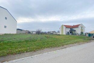 3.830 m2 - Zwei Baugrundstücke im Ortskern von Podersdorf am See!