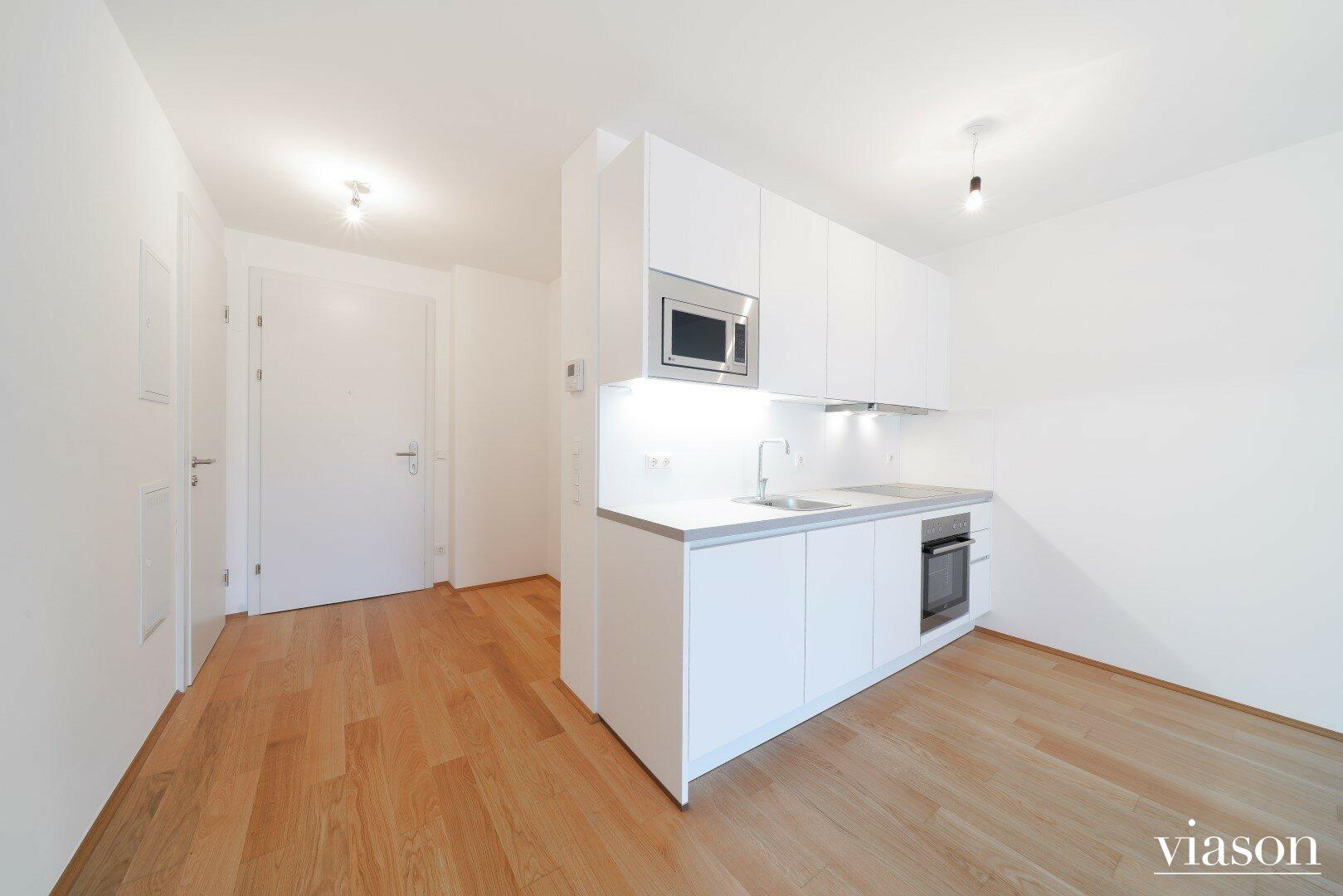 Küche und Vorraum